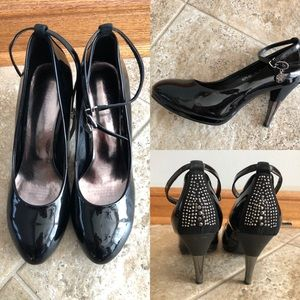 Patent Leather Black Strapped Heals
